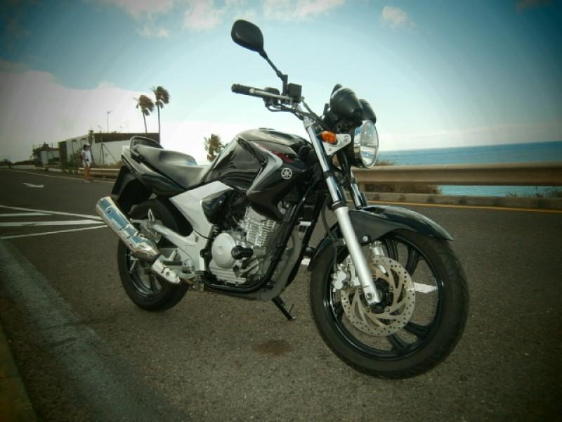 Yamaha ybr250 - Naked - 2010 - 11000km